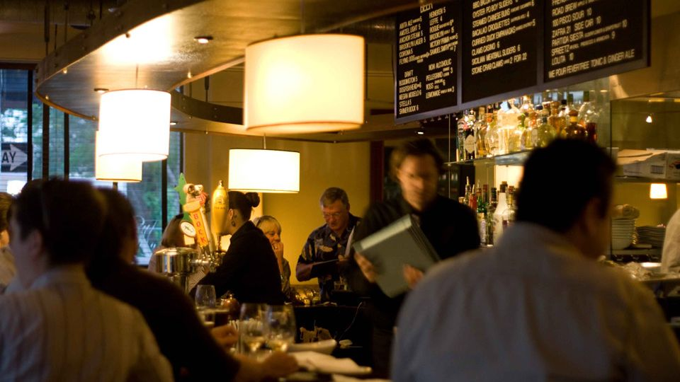 Experience food and wine usa today travel for Food bar experience