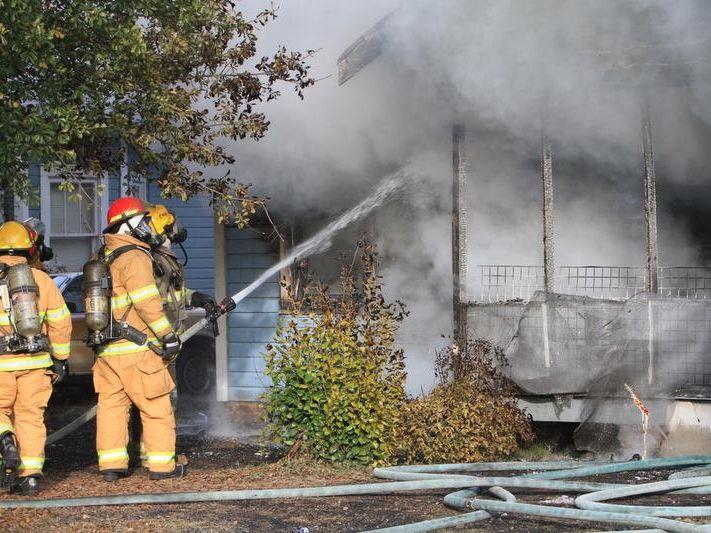 -MON Richmond Fire 1129011.jpg_20131128.jpg